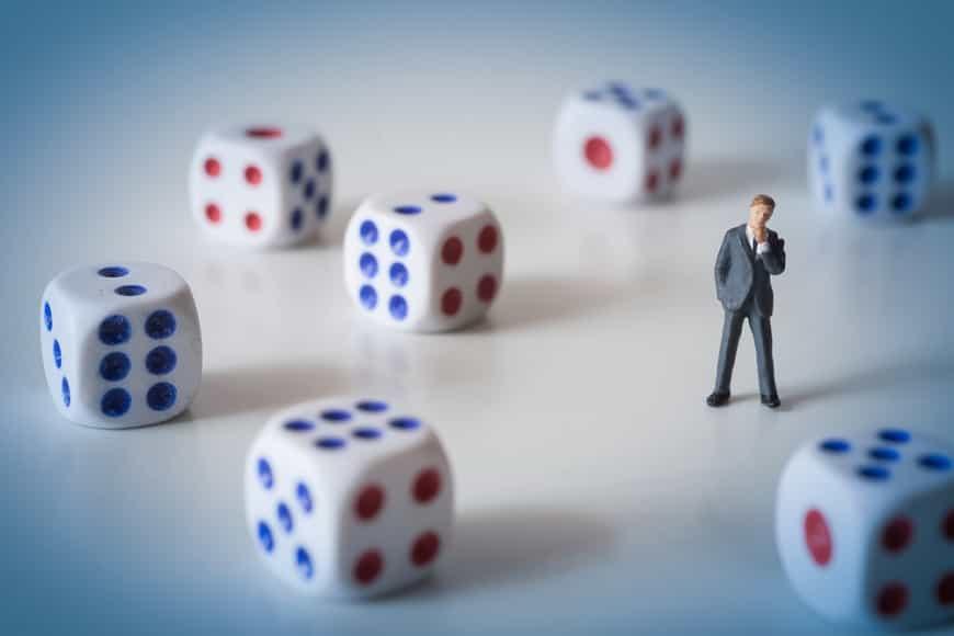 複利で投資しないのは本当に非合理? ソーシャルレンディング投資の例から<br />毎月分配型の投資信託がやり玉に挙げられているが・・・
